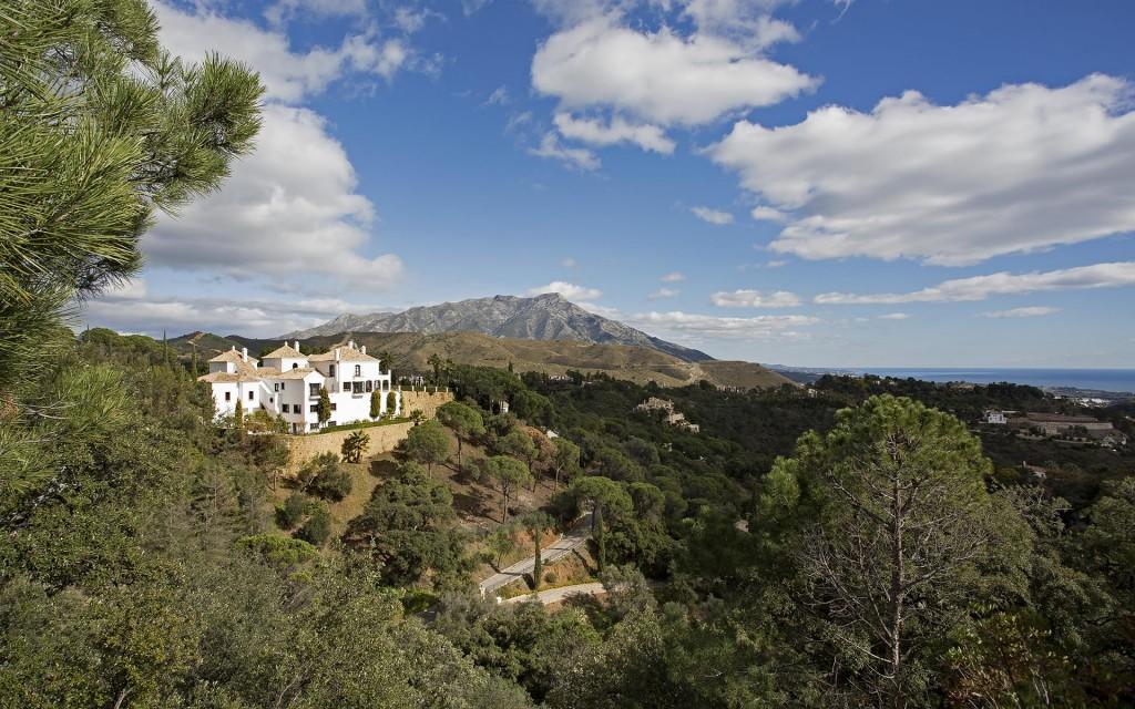 Villa in El Madroñal, Ronda Rd, Marbella.