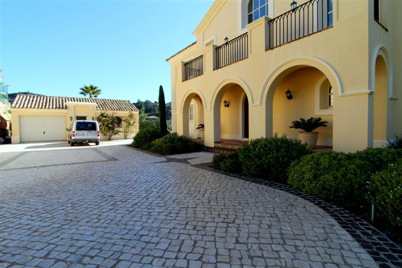 Marbella club golf resort empire villas marbellaempire - Marbella club villas ...